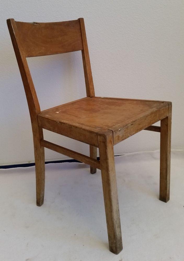 Die besten 25 antike st hle ideen auf pinterest for Stuhl design schule