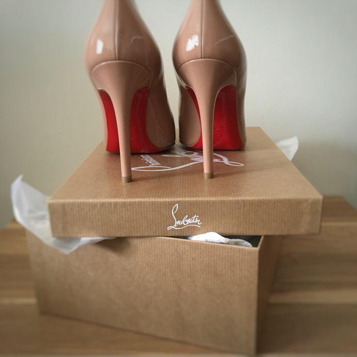 Christmas Shoes #ChristianLouboutin #Sokate