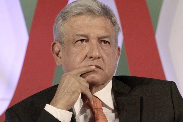 ] CIUDAD DE MÉXICO * 29 de agosto de 2017. Apro Para la agencia calificadora Moody's Investors Service, la caída en la popularidad del presidente Enrique Peña Nieto a raíz de los escándalos de corrupción en los que se ha visto envuelto, mejora la probabilidad de que Andrés Manuel López Obrador...