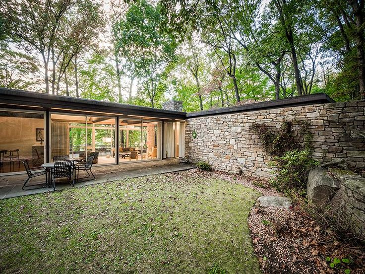 Pitcairn House by Richard Neutra