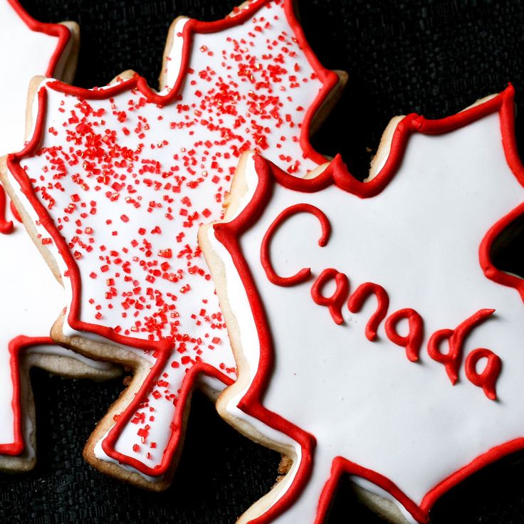 ArtandtheKitchen: Canada Day Cookies