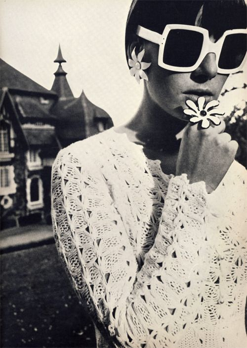 British Vogue, July 1965, Orlon dress by Susan Small, sunglasses by Oliver Goldsmith, Photo by David Bailey