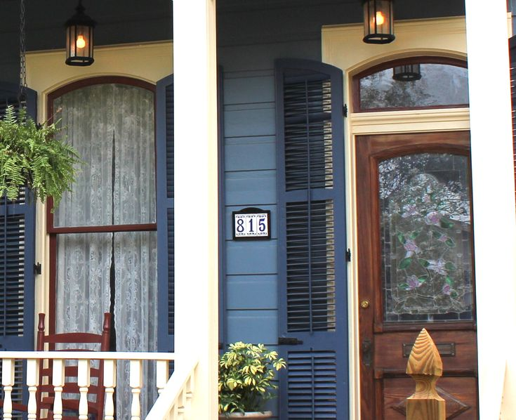 With Wood Amp Texture New Orleans Homes Paint Colors For