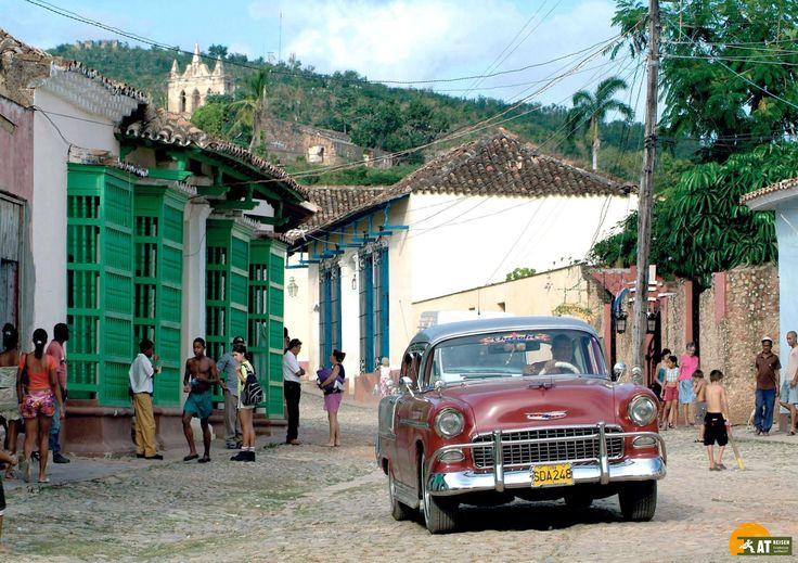 Die Stadt #Trinidad liegt an der Südküste von #Kuba. In der alten Kolonialstadt, die zum #UNESCO #Weltkulturerbe gehört, erlebt man noch heute den Glanz und die Schönheit vergangener Tage.