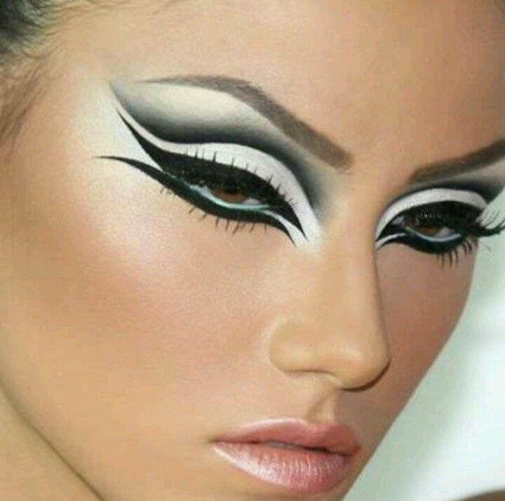 Best 25+ Futuristic makeup ideas on Pinterest | Alien makeup ...