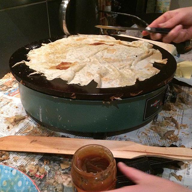 Quoi ? C'est bientôt la chandeleur non ?!!!  #crêpes #chandeleur #caramelbeurresale #bilig #beurresucre