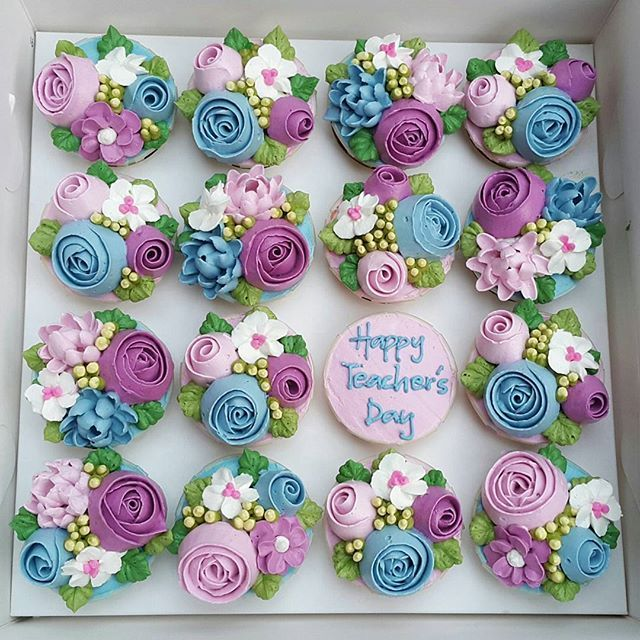 Happy Teachers Day 2016 - 2 #16may2016 #teachersday #cupcakes #floralcupcakes…
