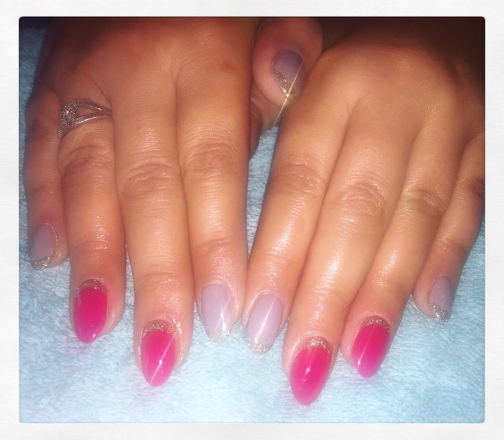 Here's an example of Monika's fantastic nail art this week! Manicure prices start from just £15 💅🏽 To book or enquire, call 02920461191 O.Constantinou & Sons. 99 Crwys Rd, Cardiff #simonconstantinou #nailart #nailartcardiff