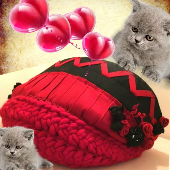 SPECIAL CAT CAVEJumbo Red Chunky Merino Wool Cat Bed//Arm