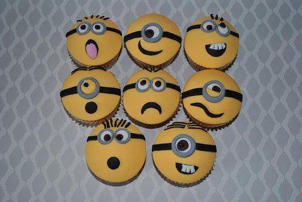 Despicable Me 'Minion' cupcakes