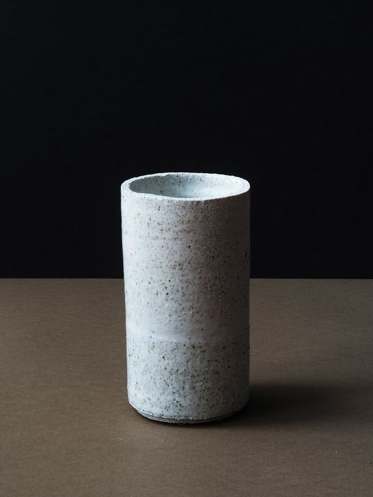 Massugu Vase