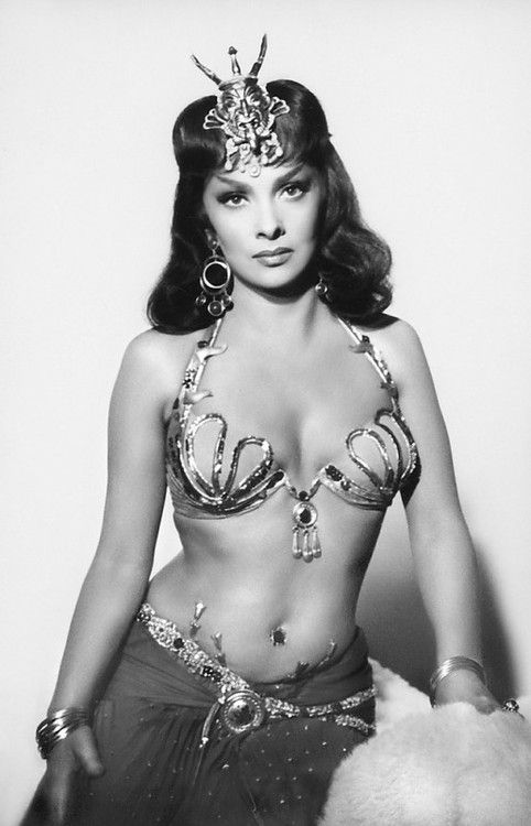 Is that a turtle on your head or are you just pleased to see me?! Gina Lollobrigida