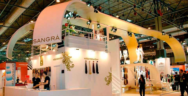 Exhibition Stand Design in Barcelona ( byContemporaneaEventi)