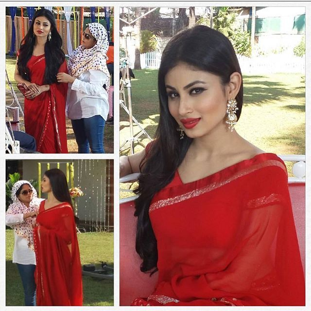 """Mouni Roy pulls of this classic red georgette saree with satin border and gold border To purchase mail us at houseof2@live.com  or whatsapp us on +919833411702 for further detail #sari #saree #sarees #sareeday #sareelove #sequin #silver #traditional #ThePhotoDiary #traditionalwear #india #indian #instagood #indianwear #indooutfits #lacenet #fashion #fashion #fashionblogger #print #houseof2 #indianbride #indianwedding #indianfashion #bride #indianfashionblogger #indianstyle #indianfashion""…"