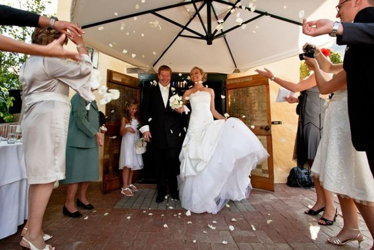 Grande Roche, near paarl is quiet simply up there with the best wedding venues in the Cape. http://www.uyaphi.com/wedding/