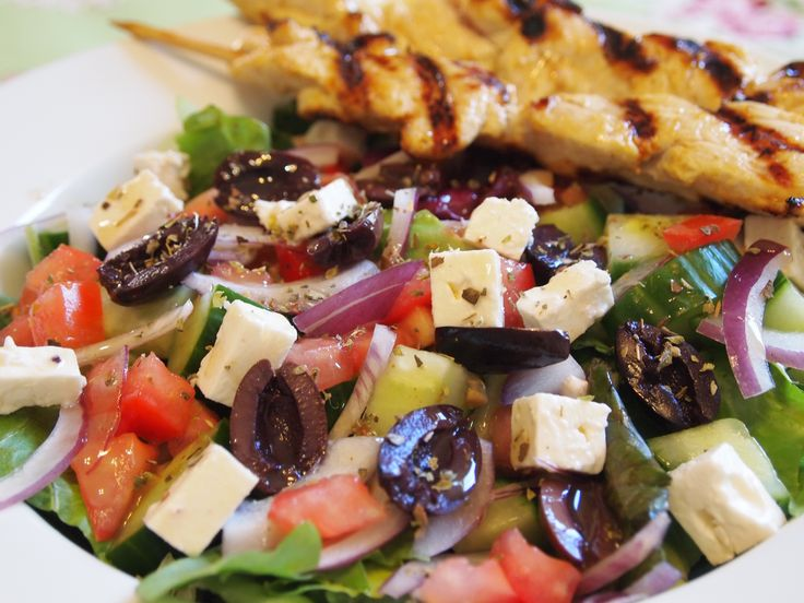salad recipes and photos | Greek Salad Recipe with Grilled Lemon Chicken - culicurious