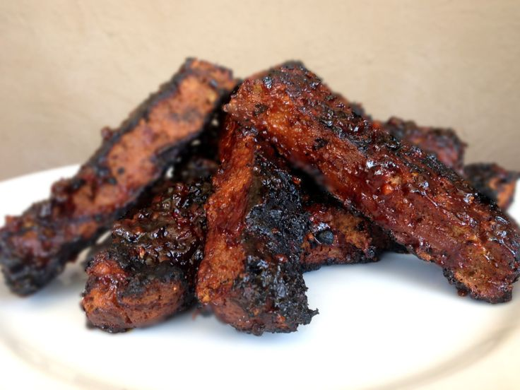 Vegan BBQ Ribs (Seitan) with Spicy Korean or Spicy Traditional BBQ Sauce - the rib recipe looks good!