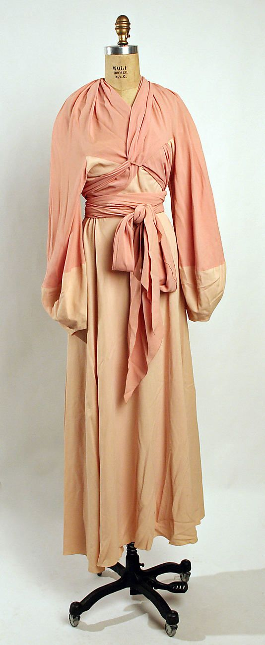 Negligée Madeleine Vionnet  (French, Chilleurs-aux-Bois 1876–1975 Paris)   Date: 1932–35 Culture: French Medium: silk. Front