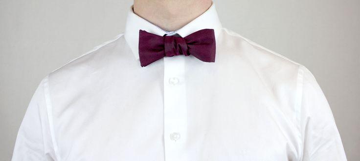 Auch für die Männer gibt es secondhand schöne Hochzeitsoutfits und Accessoires. Finde dein Lieblingsstück auf gebraucht.de