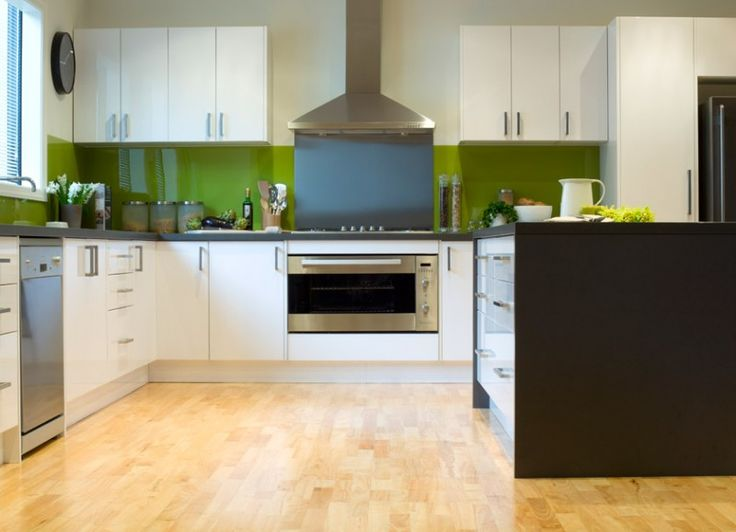 Kaboodle Kitchen A Timeless Classic Available At Bunnings Greensplashback Bold Ushape