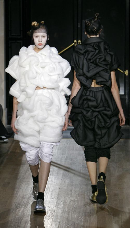 Soft Sculptural Fashion - black & white designs with padded 3D form - shape & volume; wearable art // Comme des Garçons