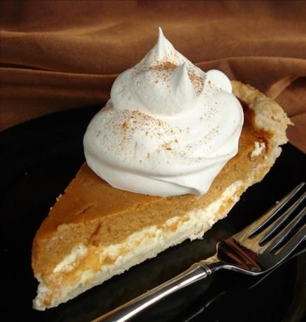 Pumpkin Cream Cheese Layer Pie Recipe: Thanksgiving Food, Pies Recipes, Layered Pies, Food Crafts, Baking Recipes, Pumpkin Cream Cheese, Chee Layered, Cream Chee Pumpkin Pies, Cream Cheeses