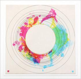「弦楽器のためのコロナII」の楽譜。武満徹さんとデザイナーの杉浦康平さんとの共同制作
