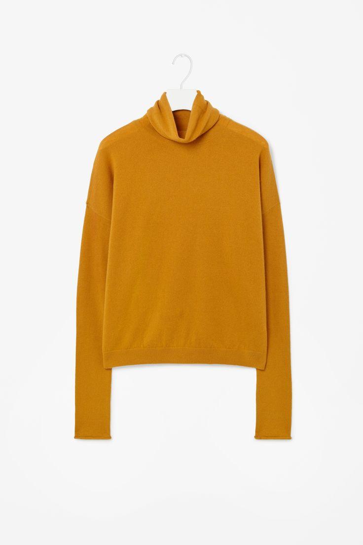 Roll-neck cashmere jumper