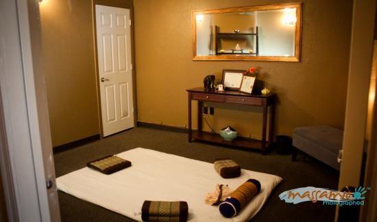 tucson massage therapist