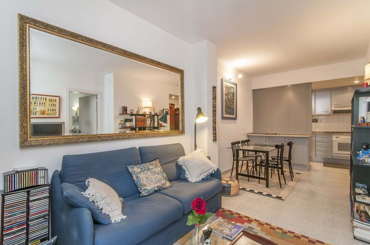 coqueto apartamento en Castillejos Sagrada Familia Barcelona http://www.mayoball.com/joyas-inmobiliarias/coqueto-apartamento-en-castillejos-eixample-sagrada-familia-en-barcelona/