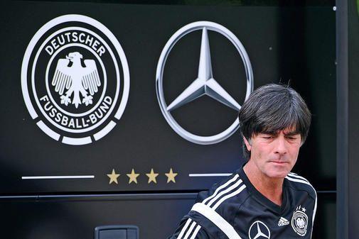 Langjährige Partnerschaft: Mercedes ist schon seit 1990 Generalsponsor des DFB.
