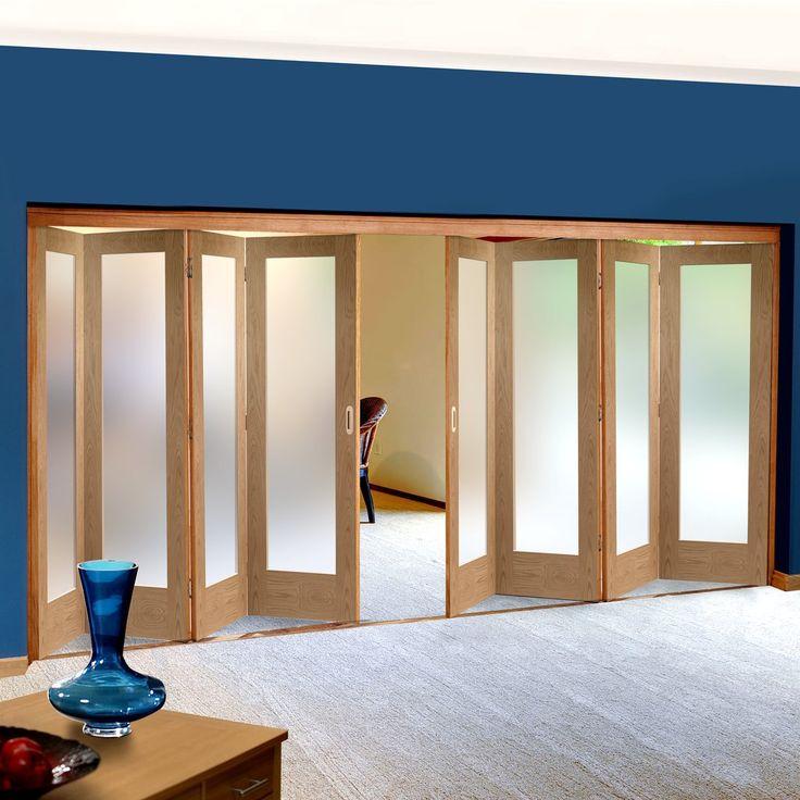 Freefold Oak Pattern 10 Style Folding 8 Door Set with Obscure Glass, Height 2090mm, Width 4950mm. #obscureglasoakfoldingdoor #internalfoldingdoors #oakfoldingdoors
