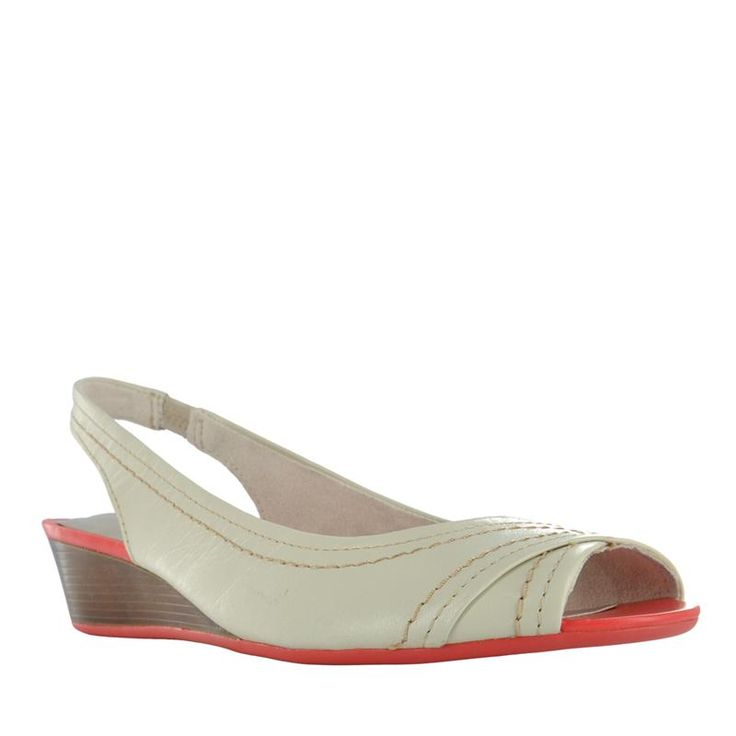SC HUSH PUPPIES WIDE O-T SLING | The Shoe Company 9w
