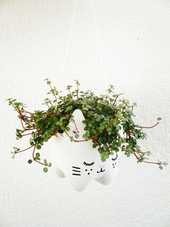 Eco-Kitty Plant Pot/ Recycled materials von BruDiy auf Etsy