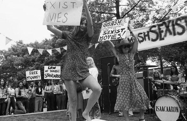 Feminists Protest, Melbourne 1974 | Rennie Ellis Photographic Archive