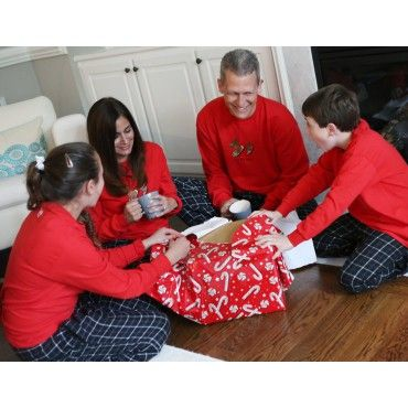 1000 images about matching christmas pajamas family for Funny matching family christmas pajamas
