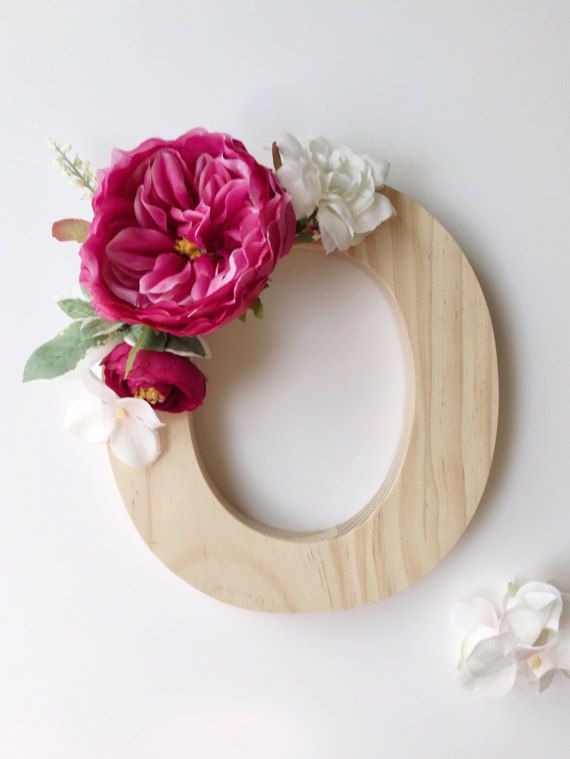 Hell rosa Blumen aus Holz Buchstaben blumigen Namen von RosyRilli