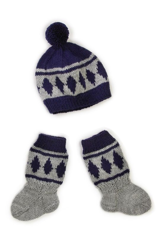 Vauvan myssy ja sukat Novita Nalle | Novita knits