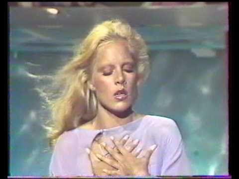 """▶ SYLVIE VARTAN """"L'amour c'est comme les bateaux"""" 1976 - YouTube"""