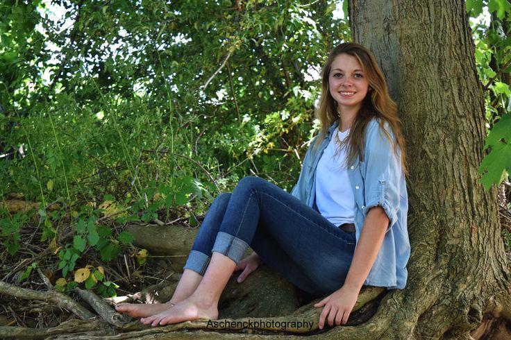 Senior Photography * Farm Photography *  Country Photography * Summer * Senior Photography Ideas * Tree Photography * Senior 2017 * senior ideas