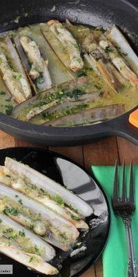 Receta de navajas en salsa para el aperitivo