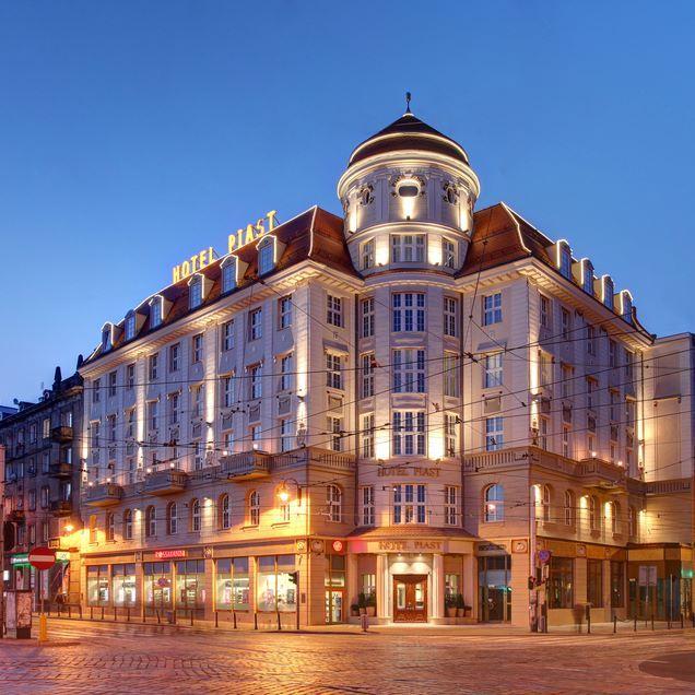 Beautiful Hotel Piast Wrocław #silfor #siecsilfor #hotelesilfor #hotelpiast…
