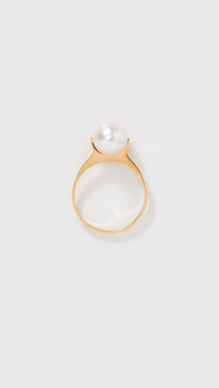 Saskia Diez Pearl Ring Solitaire In Gold And Freshwater Pearl  The Dreslyn