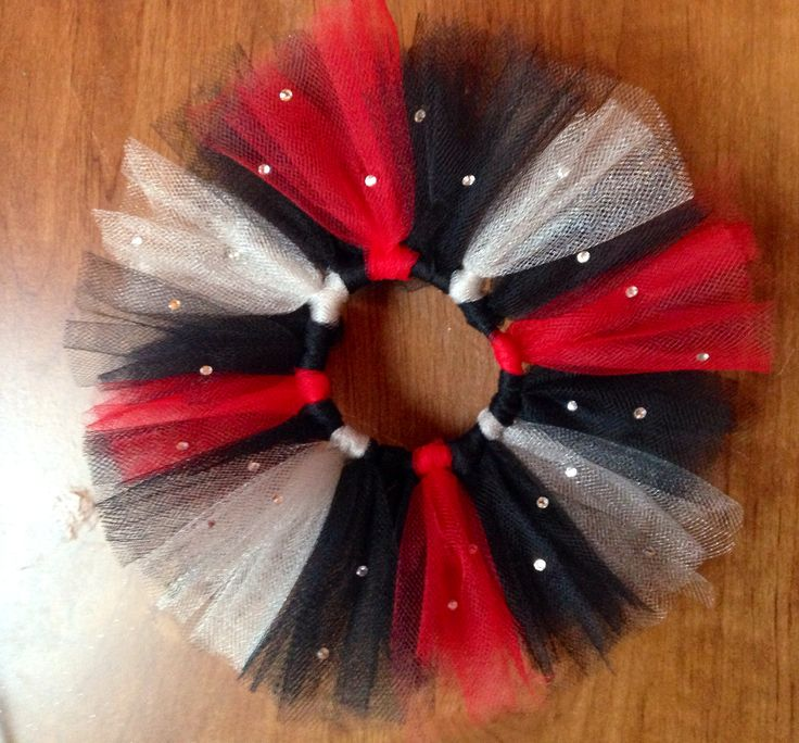 A quick and easy hair tie for a gymnastics meet!