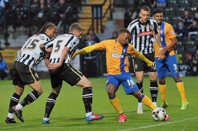 NOTTS COUNTY - MANSFIELD TOWN 0 : 2 Meadow Lane 14/08/2015 Copyright B&O Press Photo