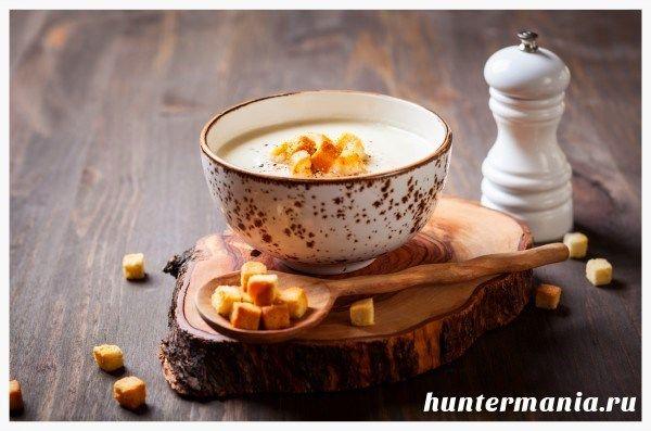 Суп-пюре из цветной капусты (рецепт) http://www.huntermania.ru/2015/07/sup-iz-cvetnoj-kapusty-recept/