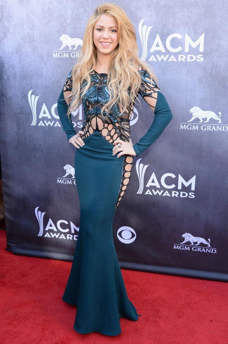 Colombian beauty Shakira: 2014 AMC awards