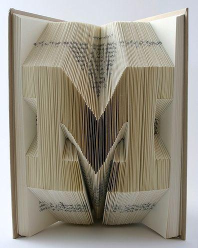 Plier les pages d'un livre