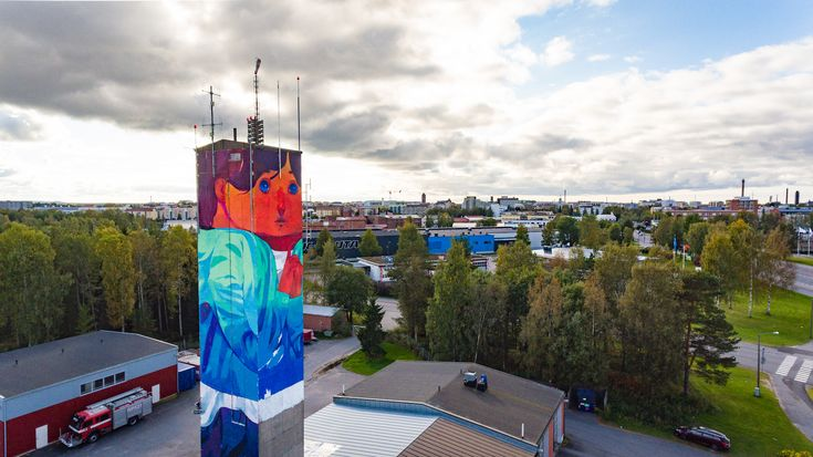 Andrew HEM (USA) just finished his most recent mural for UPEA Festival curated byKatutaideinVaasa, Finland.
