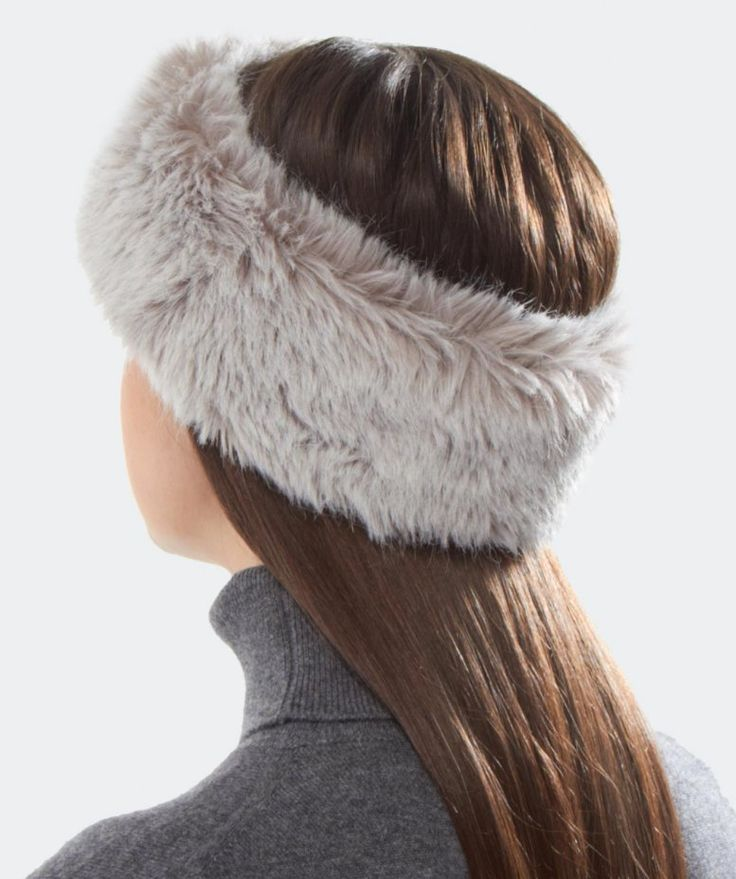 Gebeana Faux Fur Headband. I really want one of these!